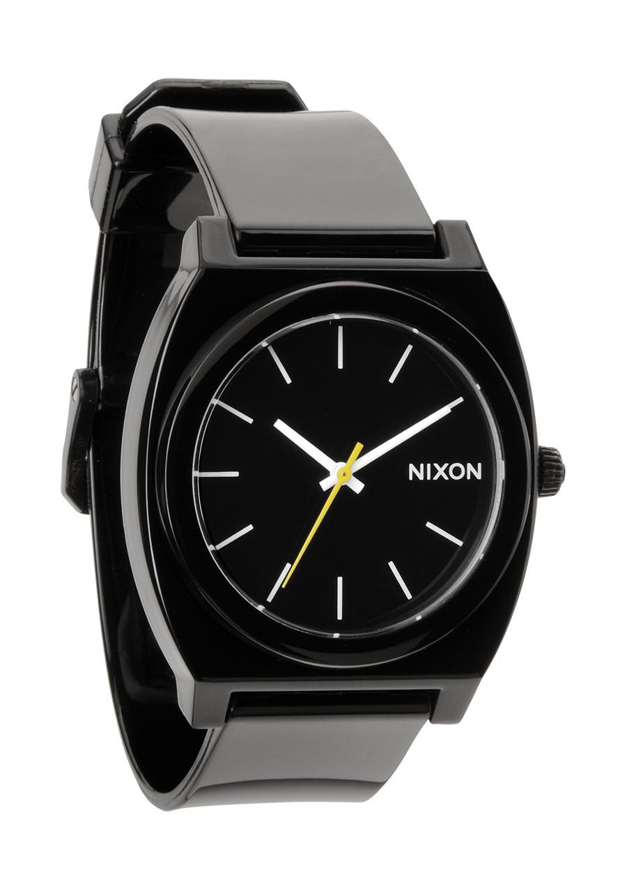 les montres nixon homme sont fabriqu es sur mesure du. Black Bedroom Furniture Sets. Home Design Ideas
