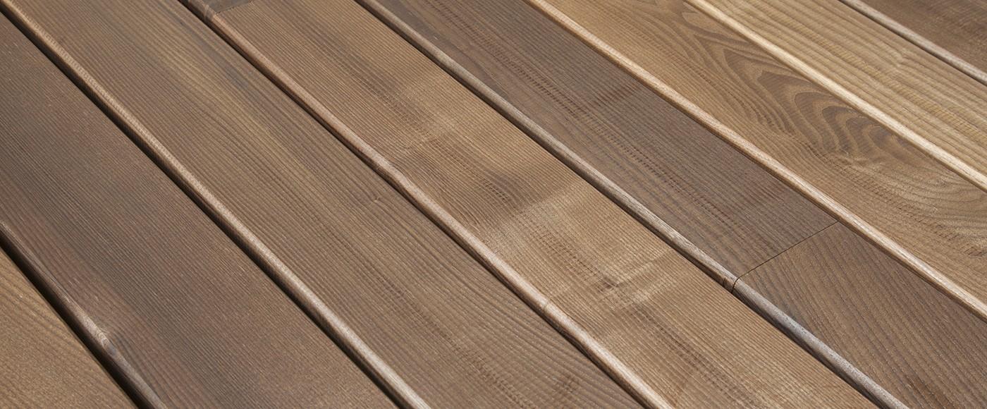 lames de terrasse le bois exotique est le meilleur choix. Black Bedroom Furniture Sets. Home Design Ideas